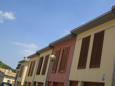 instalación de canales de aluminio en viviendas