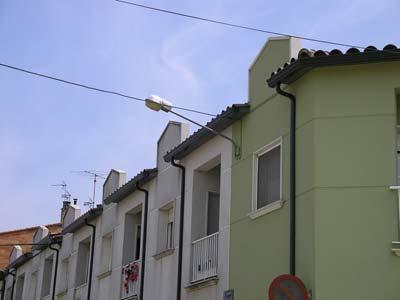 sistema de canalones de aluminio en viviendas adosadas