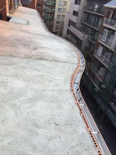 instalacion de canalones con curva