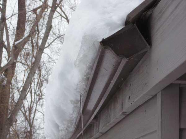 canalones abnegados por la nieve