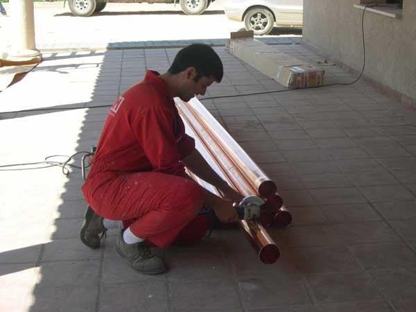 personal cualificado para instalación de canalones en Catalunya